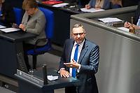DEU, Deutschland, Germany, Berlin, 31.01.2019: Dr. Joachim Pfeiffer (CDU) bei einer Rede während einer Plenarsitzung im Deutschen Bundestag.