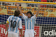 Footbal-FIFA Beach Soccer World Cup 2006 -  Open Oficial Games - ARG x NIR- Facundo Minici the comemoration and vitory_ Rio de Janeiro, Brazil - 02/11/2006.<br />Mandatory Credit: FIFA/Ricardo Ayres