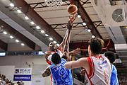 DESCRIZIONE : Campionato 2014/15 Serie A Beko Dinamo Banco di Sardegna Sassari - Grissin Bon Reggio Emilia Finale Playoff Gara6<br /> GIOCATORE : Vitalis Chikoko<br /> CATEGORIA : Tiro Gancio<br /> SQUADRA : Grissin Bon Reggio Emilia<br /> EVENTO : LegaBasket Serie A Beko 2014/2015<br /> GARA : Dinamo Banco di Sardegna Sassari - Grissin Bon Reggio Emilia Finale Playoff Gara6<br /> DATA : 24/06/2015<br /> SPORT : Pallacanestro <br /> AUTORE : Agenzia Ciamillo-Castoria/C.Atzori