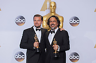 """88th Academy Awards press room.<br /> Actor in a leading role winner Leonardo DiCaprio for the film """"The Revenant"""" with Best Direction winner ALEJANDRO G. IÑÁRRITU."""