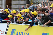 Fans await the start of the London Stage of the Aviva Tour of Britain, Regent Street, London, United Kingdom on 13 September 2015. Photo by Ellie Hoad.