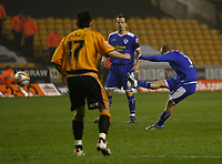 Photo: Steve Bond/Sportsbeat Images.<br /> Wolverhampton Wanderers v Leicester City. Coca Cola Championship. 22/12/2007. Iain Hume scores Leicester's early, first minute goal