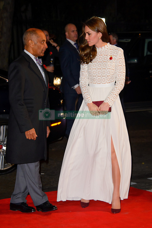 November 3, 2016 - London, United Kingdom - Image ©Licensed to i-Images Picture Agency. 03/11/2016. London, United Kingdom. Her Royal Highness The Dutchess of Cambridge attends the World Premiere of A Street Cat Named Bob. Picture by Chris Joseph / i-Images (Credit Image: © Chris Joseph/i-Images via ZUMA Wire)