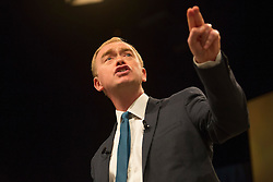 © Licensed to London News Pictures. 20/09/2016. Brighton, UK. The leader of the British Liberal Democrats Party and MP for Westmorland and Lonsdale TIM FARRON delivers his closing speech at the 2016 Liberal Democrats Autumn Conference in Brighton. Photo credit: Hugo Michiels/LNP