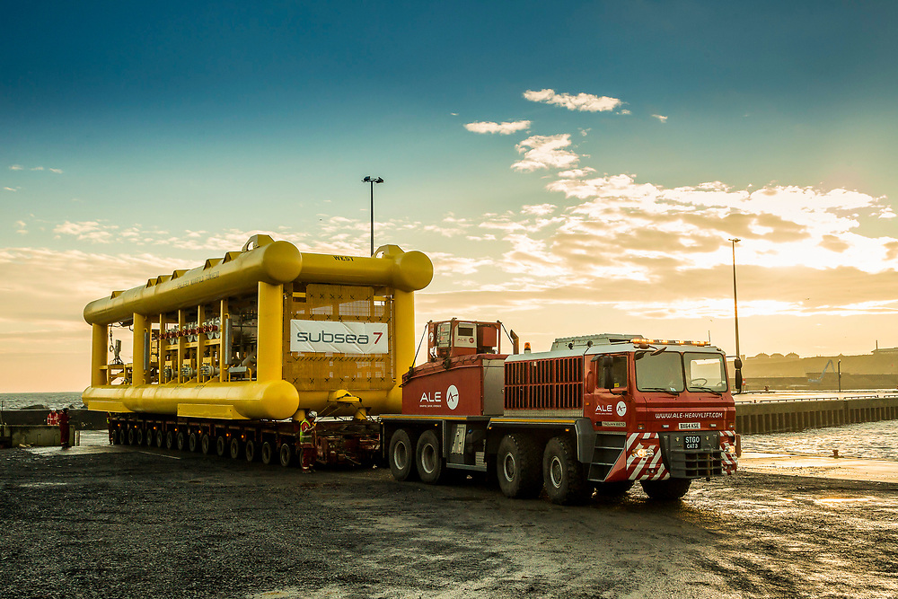 SUBSEA 7 TOWHEAD AT WICK DECEMBER 2016