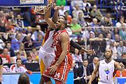 DESCRIZIONE : Milano Lega A 2014-15 EA7 Olimpia Milano - Acea Virtus Roma GIOCATORE : Samardo Samuels<br /> CATEGORIA : Schiacciata sequenza<br /> SQUADRA : EA7 Emporio Armani Milano<br /> EVENTO : Campionato Lega A 2014-2015 GARA : EA7 Olimpia Milano - Acea Virtus Roma <br /> DATA : 12/04/2015 <br /> SPORT : Pallacanestro <br /> AUTORE : Agenzia Ciamillo-Castoria/IvanMancini<br /> Galleria : Lega Basket A 2014-2015 Fotonotizia : Milano Lega A 2014-15 EA7 Olimpia Milano - Acea Virtus Roma