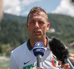 21.07.2015, Trainingsplatz, Walchsee, AUT, FC Augsburg, Trainingslager, im Bild Markus Weinzierl (Trainer FC Augsburg), im Interview, // during a training session of the German Bundesliga Club FC Augsburg at the Trainingsplatz in Walchsee, Austria on 2015/07/21. EXPA Pictures © 2015, PhotoCredit: EXPA/ Eibner-Pressefoto/ Krieger<br /> <br /> *****ATTENTION - OUT of GER*****
