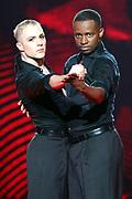 Auftritt von Charles Nguela mit Tanzpartner Maxime Gilles Guenin bei der SRF-Tanzshow «Darf ich bitten?» Erste Qualifikationsshow vom 07. März 2020 in den Fernsehstudios Zürich.