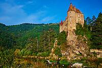 France, Haute-Loire (43), le château de Lavoûte-Polignac près du Puy-en-Velay. vallée de la Loire // France, Haute Loire, Lavoute Polignac castle on the Loire river
