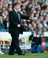 Photo: Steve Bond.<br /> Derby County v Everton. The FA Barclays Premiership. 28/10/2007. Billy davies issues instructions