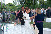 TARA PALMER-TOMPKINSON, 2009 Serpentine Gallery Summer party. Sponsored by Canvas TV. Serpentine Gallery Pavilion designed by Kazuyo Sejima and Ryue Nishizawa of SANAA. Kensington Gdns. London. 9 July 2009.