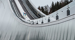 31.12.2015, Olympiaschanze, Garmisch Partenkirchen, GER, FIS Weltcup Ski Sprung, Vierschanzentournee, Training, im Bild Andreas Stjernen (NOR) // Andreas Stjernen of Norway during his Practice Jump for the Four Hills Tournament of FIS Ski Jumping World Cup at the Olympiaschanze, Garmisch Partenkirchen, Germany on 2015/12/31. EXPA Pictures © 2015, PhotoCredit: EXPA/ JFK