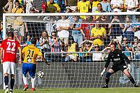 Fotball , 9. juni 2018 , Omkampen<br /> Norge - Brasil<br /> Edmundo, Brasil<br /> Thomas Myhre, Norge<br /> 0-1 Brasil<br /> Foto: Christoffer Hansen , Digitalsport
