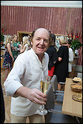RICHARD WILSON, Drinks party to launch this year's Frieze Masters.Hosted by Charles Saumarez Smith and Victoria Siddall<br />  Academicians' room - The Keepers House. Royal Academy. Piccadilly. London. 3 July 2014