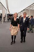 ELISABETH MURDOCH; HUGO DE FERRANTI, Opening of Frieze Masters. Regent's Park. London. 15 October 2013.