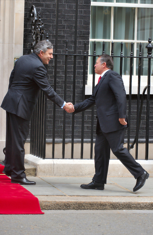 LONDON, ENGLAND - JUNE 22:  Prime Minister Gordon Brown welcomes King Abdullah II of Jordan  at Downing Street on June 22, 2009 in London, England.  (Photo by Marco Secchi/Getty Images