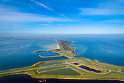 Nederland, Zeeland, Gemeente Schouwen-Duiveland, 01-04-2016; Grevelingendam en Plaat van Oude Tonge, gezien naar Schouwen-Duiveland. Links van de dam het water van het Krammer, rechts  Grevelingenmeer. Beneden in beeld de aanzet van de Philipsdam. De Grevelingendam is onderdeel van de Deltawerken.<br /> The Grevelingendam is part of the Delta Works.<br /> <br /> luchtfoto (toeslag op standard tarieven);<br /> aerial photo (additional fee required);<br /> copyright foto/photo Siebe Swart