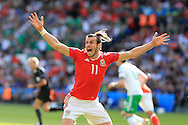 Gareth Bale of Wales reacts and shows his frustration during the 2nd half.  UEFA Euro 2016, last 16 , Wales v Northern Ireland at the Parc des Princes in Paris, France on Saturday 25th June 2016, pic by  Andrew Orchard, Andrew Orchard sports photography.