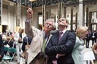 12 JUN 2015, BERLIN/GERMANY:<br /> Wilhelm von Boddien, Kaufmann und Geschaeftsfuehrer des Foerdervereins für den Wiederaufbau des Berliner Schlosses, und MIchael Mueller (R), SPD, Reg. Buergermeister Berlin, im Gespraech, Richtfest Berliner Schloss - Humbold Forum<br /> IMAGE: 20150612-01-156<br /> KEYWORDS: Michael Müller, Gespräch