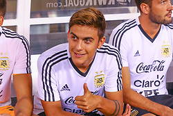 September 11, 2018 - East Rutherford, NJ, U.S. - EAST RUTHERFORD, NJ - SEPTEMBER 11:  Argentina forward Paulo Dybala (21) gives a thumbs up prior to the first half of the International Friendly Soccer game between Argentina and Colombia on September 11, 2018 at MetLife Stadium in East Rutherford, NJ.   (Photo by Rich Graessle/Icon Sportswire) (Credit Image: © Rich Graessle/Icon SMI via ZUMA Press)