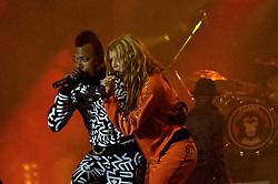 Fergie (D) e Taboo durante o show da banda Black Eyed Peas, no auditório da FIERGS, em Porto Alegre-RS. FOTO: Luiz A. Guerreiro/Preview.com