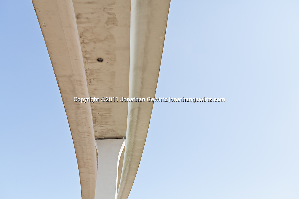 The elevated intersection of US Route 595 and the Sawgrass Expressway, Sunrise, Florida. WATERMARKS WILL NOT APPEAR ON PRINTS OR LICENSED IMAGES.