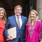 NLD/Amsterdam/20161215 - Koninklijke Familie bij uitreiking Prins Claus Prijs 2016, Koningin Maxima, Koning Willem Alexander, Prinses Mabel en Prinses Laurentien