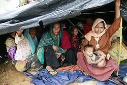 September 1, 2017 - Ukhiya, Bangladesh - Newly come Rohingya people sits under a makeshift tent at Kutu Palong Rohingya camp at Ukhiya, Bangladesh, September 1, 2017. (Credit Image: © Suvra Kanti Das via ZUMA Wire)