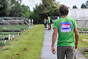 Nederland, Ubbergen, 25-8-2012Waterkerskwekerij de Klispoel aan de voet van de stuwwal bij Nijmegen. Vandaag is er een open dag speciaal voor klanten van albert heijn, ah.Voor het kweken van deze bladgroente is veel en schoon water nodig. Dit krijgt het bedrijf, wat veel aan AH,Albert Heijn levert, via de matuurlijke bronnen en beekjes die vanuit de heuvel naar beneden stromen, veel ook ondergronds. Ook vanuit grote diepte wordt water opgepompt. Vandaag, 11 september, wordt bekend dat ahold van zijn leveranciers een korting eist, oplegd van 2 procent.Foto: Flip Franssen/Hollandse Hoogte