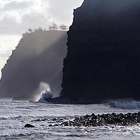 Hawaii, Molokai, seacliffs at entry to Halawa Valley