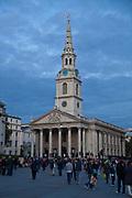 Londyn, 2009-10-23. St Martin-in-the-Fields, anglikański kościół w północno-wschodniej części Trafalgar Square w City of Westminster,