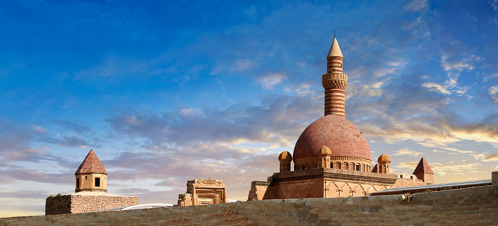 Minarete of the Mosque of the 18th Century Ottoman architecture of the Ishak Pasha Palace (Turkish: İshak Paşa Sarayı) ,  Agrı province of eastern Turkey. .<br /> <br /> If you prefer to buy from our ALAMY PHOTO LIBRARY  Collection visit : https://www.alamy.com/portfolio/paul-williams-funkystock/ishak-pasha-palace-turkey.html<br /> <br /> Visit our TURKEY PHOTO COLLECTIONS for more photos to download or buy as wall art prints https://funkystock.photoshelter.com/gallery-collection/3f-Pictures-of-Turkey-Turkey-Photos-Images-Fotos/C0000U.hJWkZxAbg