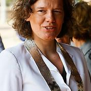 NLD/Amsterdam/20100612 - Prinses Máxima geeft startsein voor de 2de editie van Het Concertgebouw Open in Amsterdam, wethouder Carolien Gehrels