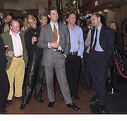 Andrew Roberts, Leoni Freeda, ? Simon Sebag-Montefiore. Robert Hardman Telegraph goodbye party. Paparazzi Cafe. Hanover St. London W1. 11 January 2000. © Copyright Photograph by Dafydd Jones 66 Stockwell Park Rd. London SW9 0DA Tel 020 7733 0108 www.dafjones.com