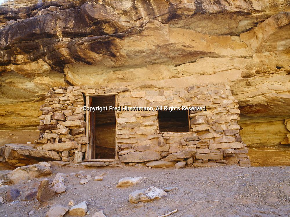 Beamer's Cabin along the south bank of the Little Colorado River, Grand Canyon National Park, Arizona.