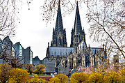 Duitsland, Keulen, 28-3-2019Museum Ludwig voor hedendaagse kunst en de Keulse Domkerk. Foto: Flip Franssen