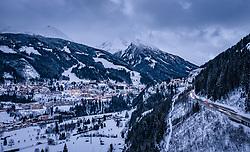 THEMENBILD - Blick auf Bad Gastein im Winterkleid, aufgenommen am 08. Jaenner 2019 in Bad Gastein, Oesterreich // view of Bad Gastein, Austria on 2019/01/08. EXPA Pictures © 2019, PhotoCredit: EXPA/ JFK