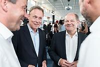 04 JUN 2019, BERLIN/GERMANY:<br /> thomas Oppermann (L), SDP, Vizepraesident Deutscher Budnestag, und Olaf Scholz (R), SPD, Bundesfinanzminister, Spargelfahrt des Seeheimer Kreises der SPD, Anleger Wannsee<br /> IMAGE: 20190604-01-121