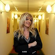 NLD/Amsterdam/20121206 - Presentatie kersthit daklozen met medewerking bn' ers, Kim Holland