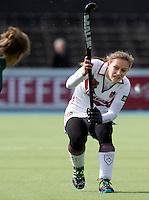 AMSTELVEEN - HOCKEY - Kelly Jonker van Amsterdam tijdens de hoofdklasse hockeywedstrijd tussen de vrouwen van Amsterdam en MOP (2-0). FOTO KOEN SUYK