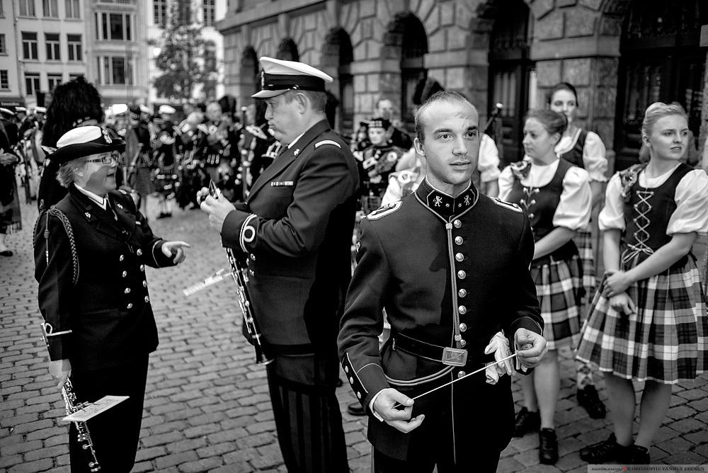 20140906 - Antwerpen, Belgie, Internationale Taptoe op de grote markt.
