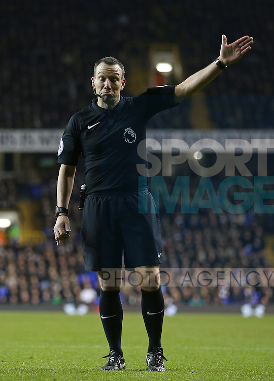 Referee Kevin Friend in action during the Premier League match at White Hart Lane Stadium, London. Picture date December 18th, 2016 Pic David Klein/Sportimage