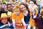 Koningsdag 2019 in Amersfoort / Kingsday 2019 in Amersfoort.<br /> <br /> Op de foto: Publiek