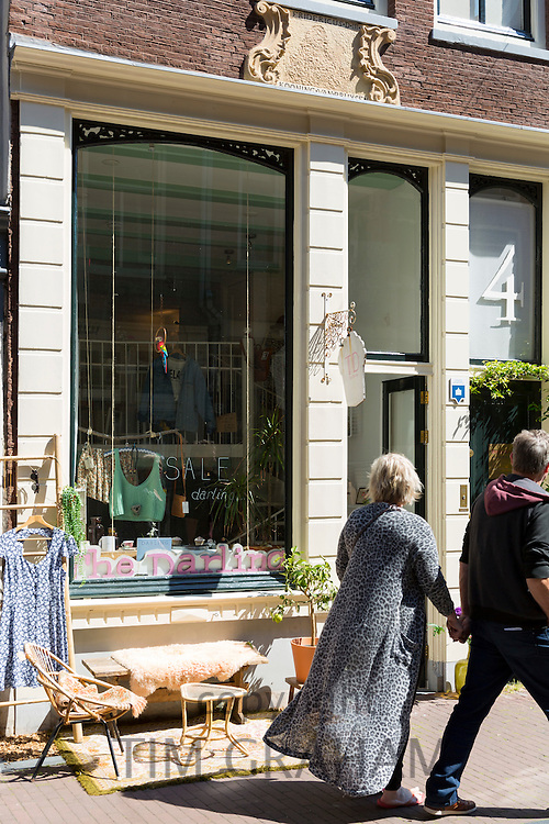 People shopping in the Nine Streets, de 9 Straatjes,  shopping district, Amsterdam