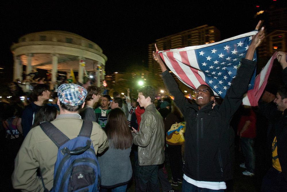 Boston, MA 05/02/2011.A crowd of hundreds of people gathers on Boston Common to celebrate the death of Osama bin Laden late Sunday night..Alex Jones / www.alexjonesphoto.com