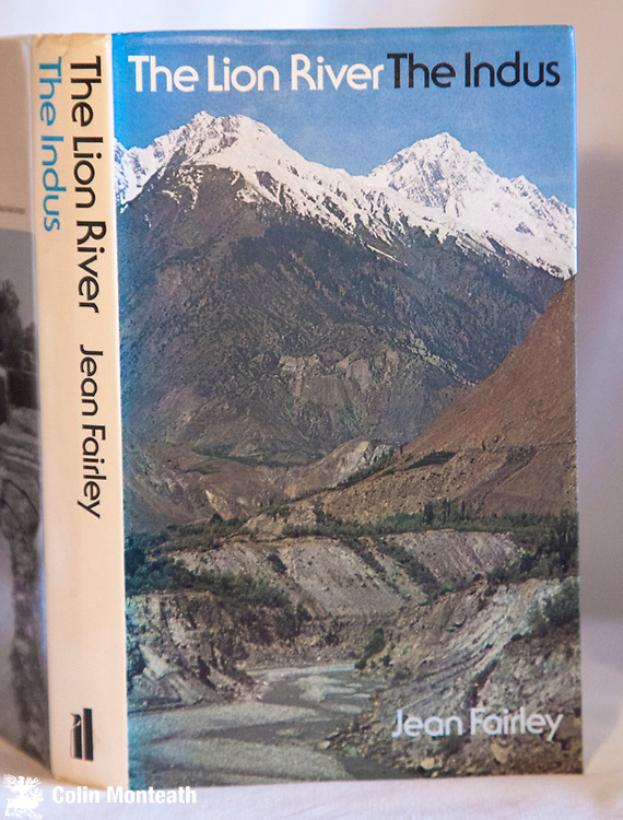 THE LION RIVER - THE INDUS, Jean Fairly, Allen Lane, London, 1st edn., 1975 VG+ hardback with VG jacket, B&W plates, maps, Superb account of the geography & history of one of Asia's most important rivers that flows through Tibet, India and Pakistan - $NZ55
