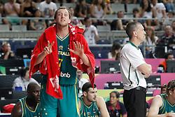 07.09.2014, Palau Sant Jordi, Barcelona, ESP, FIBA WM, Australien vs Türkei, Achtelfinale, im Bild Australia's Joe Ingles and his coach Andrej Lemanis // during FIBA Basketball World Cup Spain 2014 round of 16 match between Australia and Turkey at the Palau Sant Jordi in Barcelona, Spain on 2014/09/07. EXPA Pictures © 2014, PhotoCredit: EXPA/ Alterphotos/ Acero<br /> <br /> *****ATTENTION - OUT of ESP, SUI*****