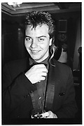 Sebastian Guinness, Afgan Ball, Cafe Royal. 6 October 1983. © Copyright Photograph by Dafydd Jones 66 Stockwell Park Rd. London SW9 0DA Tel 020 7733 0108 www.dafjones.com