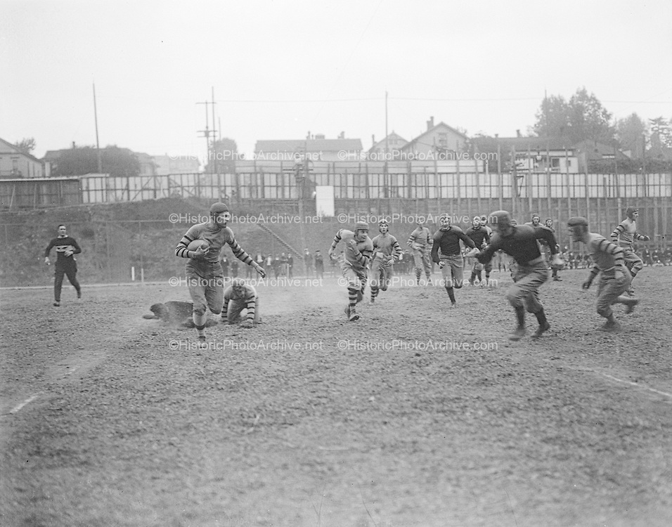 """""""FHS - WHS 1915"""" (football game at Multnomah Field) 10/8/15"""