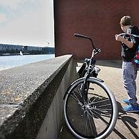 Nederland, Amsterdam , 5 augustus 2011..Job de Goede gaat naar de brugklas.Foto:Jean-Pierre Jans